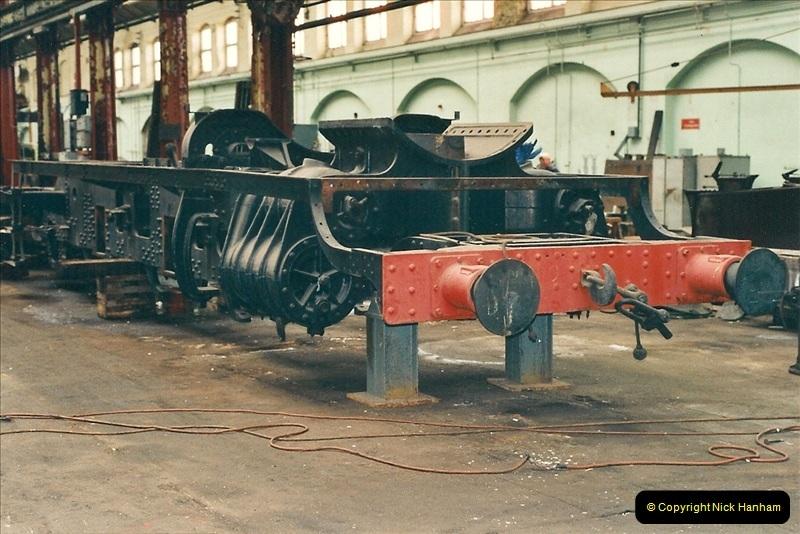2000-11-08 Swindon Works, Swindon, Wiltshire.  (8)602
