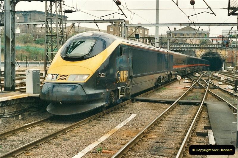 2001-03-27 Kings Cross, London.  (9)640