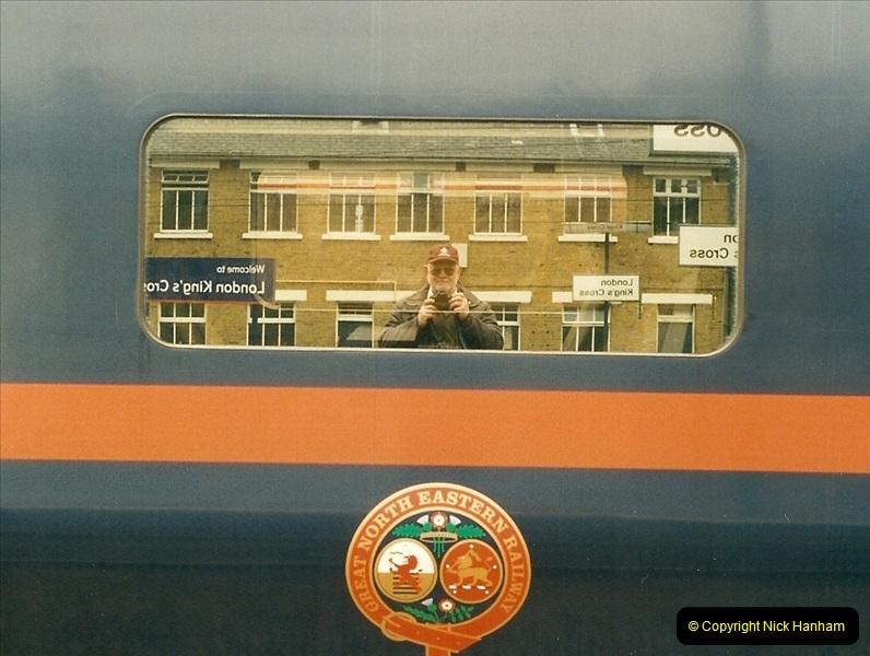 2001-03-27 Kings Cross, London.  (11)642