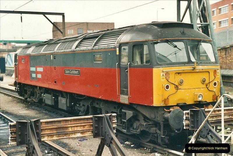 2001-03-27 Kings Cross, London.  (12)643