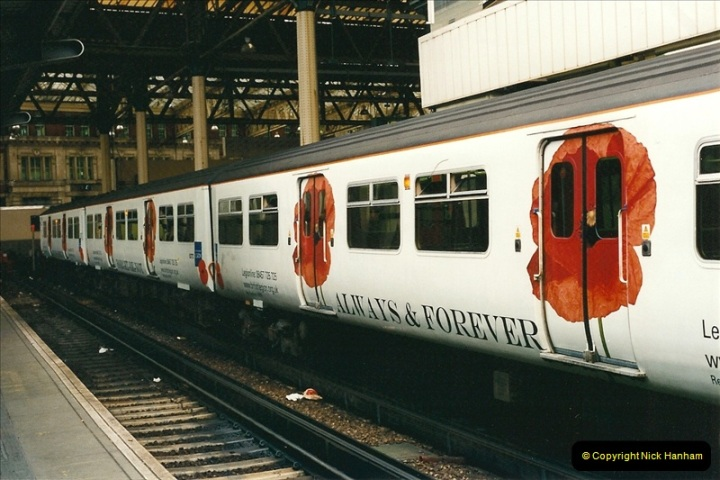 2001-03-27 Waterloo, London.  (2)655