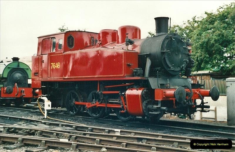 2001-06-17 Northampton & Lamport Railway, Northampton, Northamptonshire.  (9)666