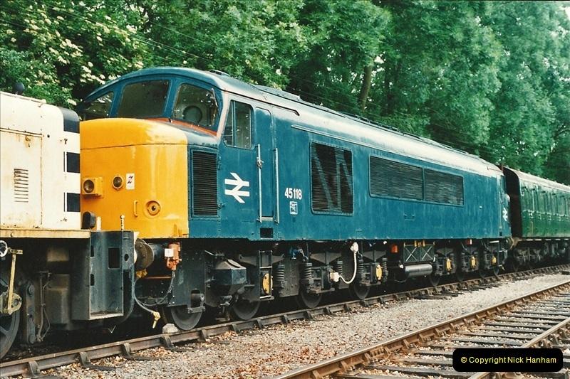 2001-06-17 Northampton & Lamport Railway, Northampton, Northamptonshire.  (11)668