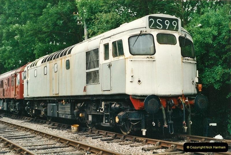 2001-06-17 Northampton & Lamport Railway, Northampton, Northamptonshire.  (14)671