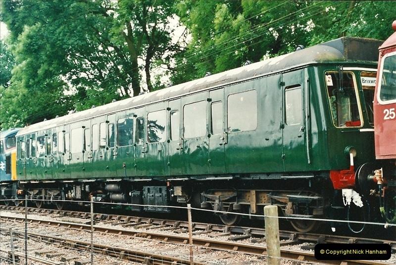 2001-06-17 Northampton & Lamport Railway, Northampton, Northamptonshire.  (15)672