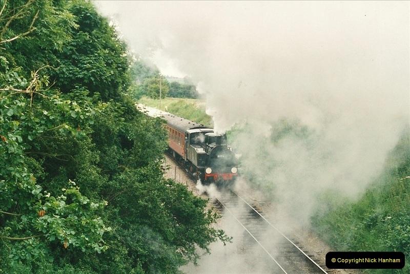 2001-06-17 Northampton & Lamport Railway, Northampton, Northamptonshire.  (17)674