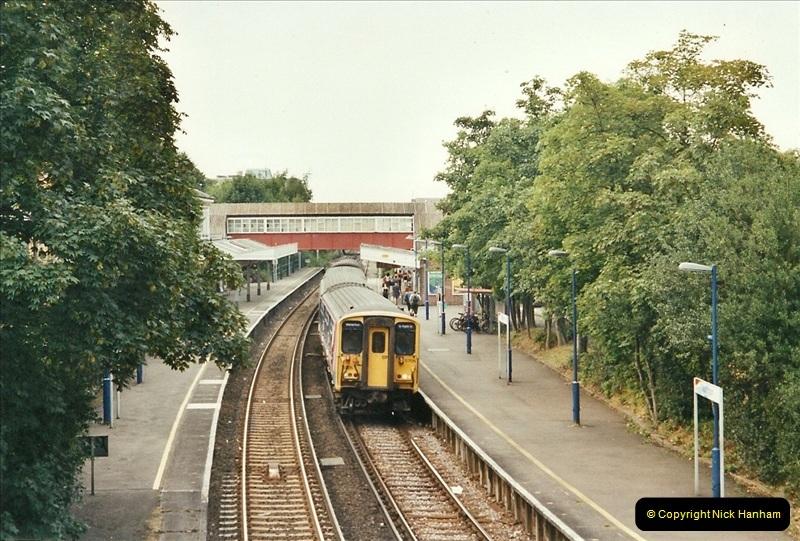 2001-07-28 Teddington, Middlesex.  (3)682