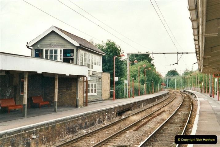 2001-07-31 Hoddesdon area, Hertfordshire.  (5)687