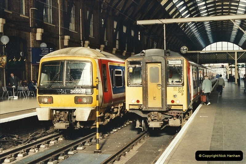 2001-11-03 London Kings Cross.  (1)710
