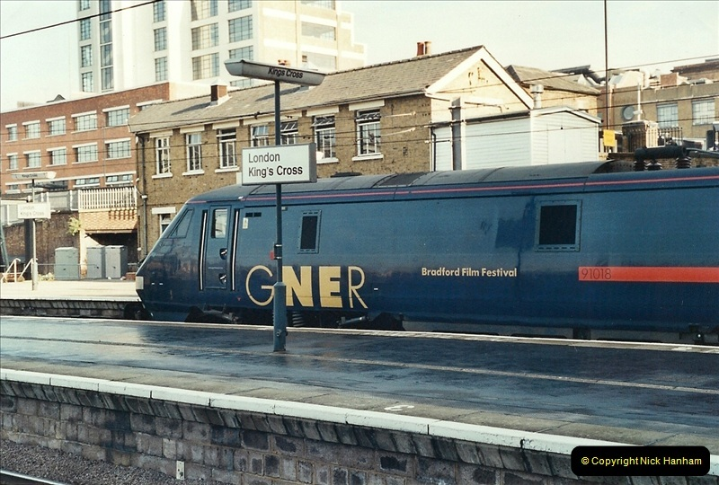 2001-11-03 London Kings Cross.  (3)712