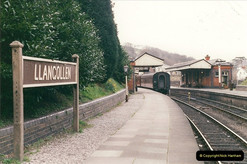 2000-03-11 Llangollen Railway, North Wales.  (5)084
