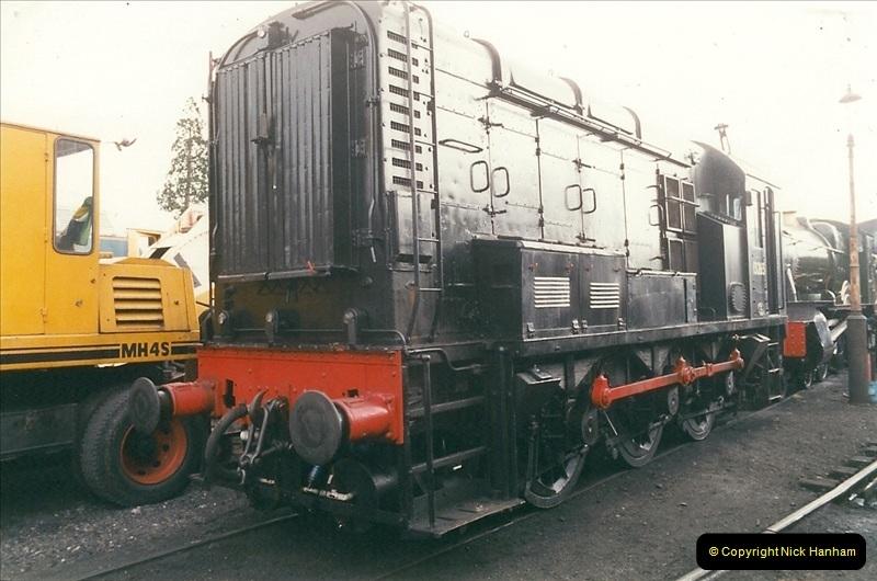 2000-03-11 Llangollen Railway, North Wales.  (45)124
