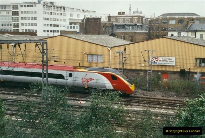 2004-02-13 London Camden Bank.  (1)293