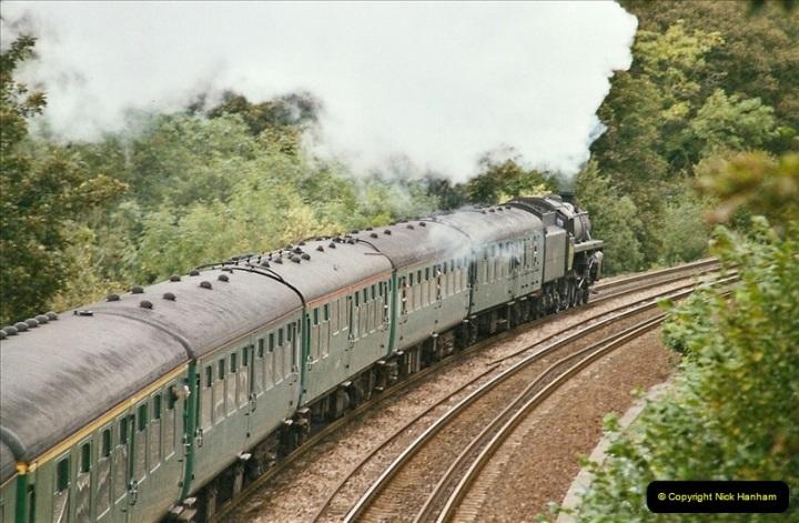 2004-09-29 Sydney Gardens, Bath Spa, Somerset.  (21)372