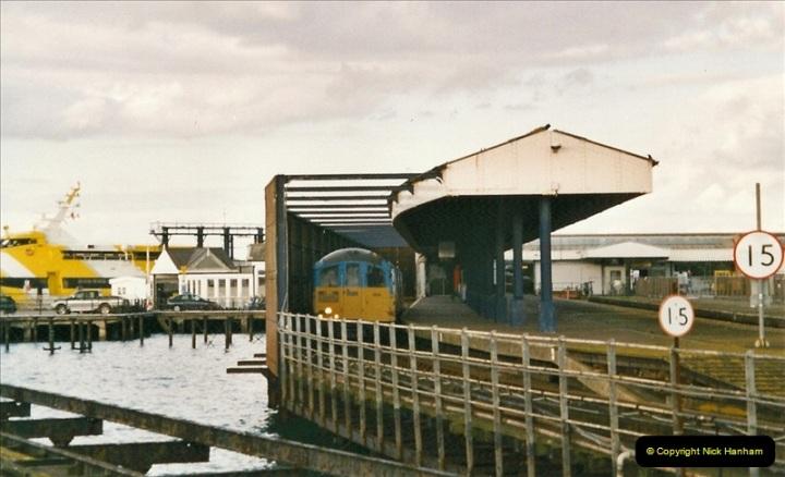 2004-10-18 Ryde IOW. (13) 385