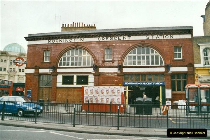 2005-03 -13 London Underground Mornington Crescent tube station.  (1)448