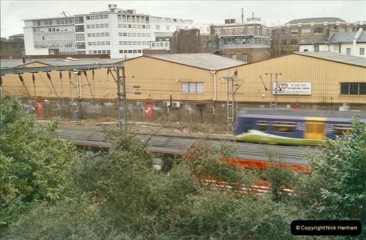 2005-03-10 to 12 London Camden Bank.  (2)396