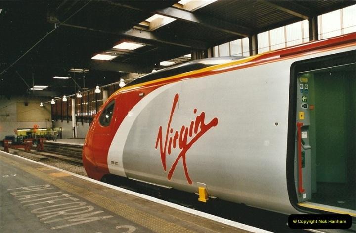 2005-03-10 to 12 London Euston.  (3)400