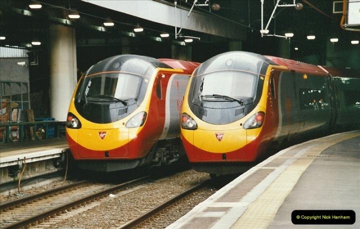 2005-03-10 to 12 London Euston.  (16)413