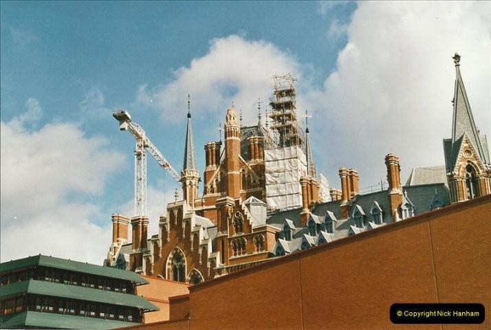 2005-03-10 to 12 London St. Pancras.  (1)446