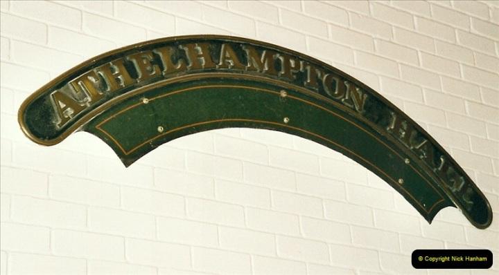 2005-05-11 Athelhampton Hall name plate @ Athelhampton Hall, Dorset.471