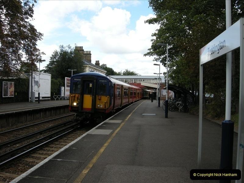 2008-08-19 Teddington, Middlesex.  (3)218