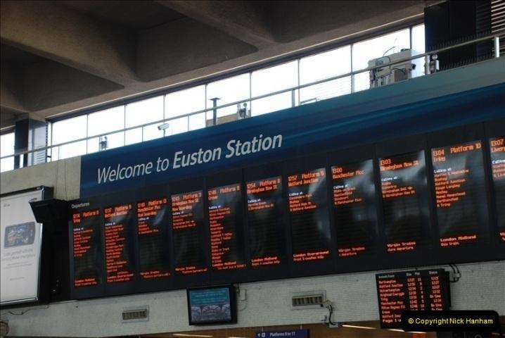 2010-06-17 Euston Station, London.  (2)265