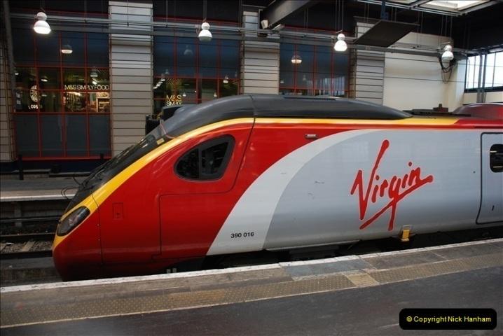 2010-06-17 Euston Station, London.  (3)266
