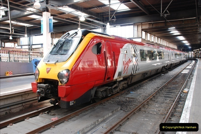 2010-06-17 Euston Station, London.  (21)284