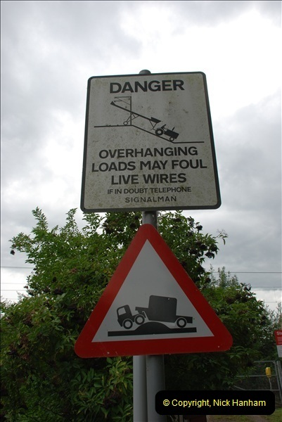 2011-08-06 Crossing near St. Margarets, Hertfordshire.  (1)094