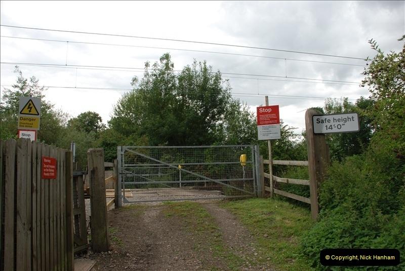 2011-08-06 Crossing near St. Margarets, Hertfordshire.  (2)095