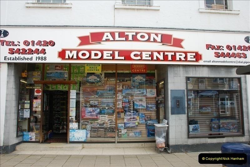 2010-05-19 Alton Model Centre (1)003003