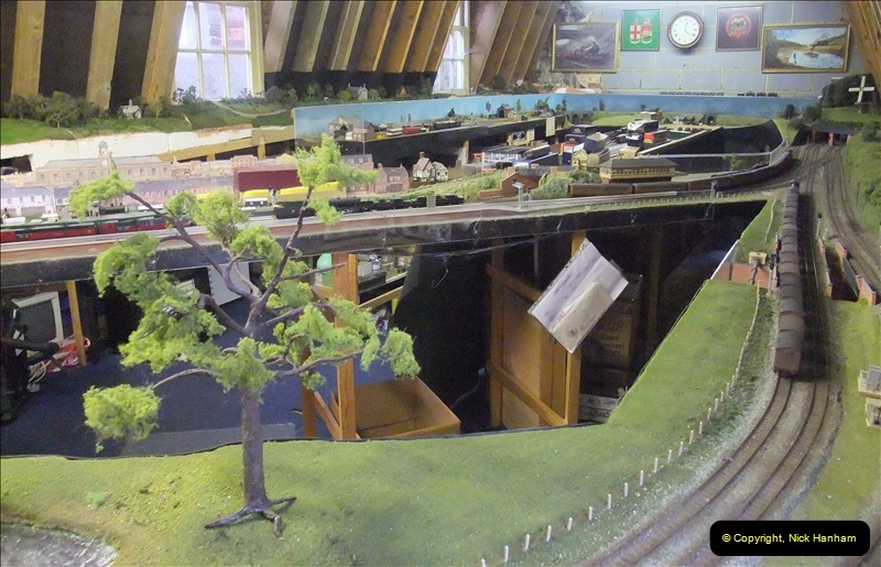 2012-12-10 The Alton Model Centre & Railway Layout (58)064064