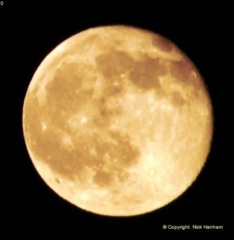 2014-05-15 The Moon.  (2)237