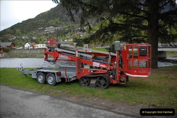 2012-05-18 Eidfjord, Norway.  (3)049