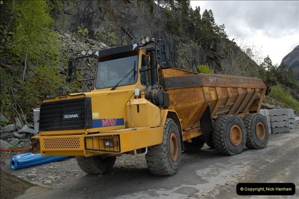 2012-05-18 Eidfjord, Norway.  (5)051