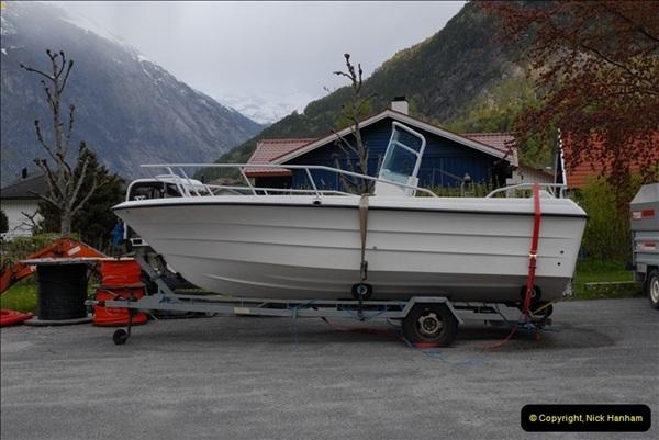 2012-05-18 Eidfjord, Norway.  (11)057