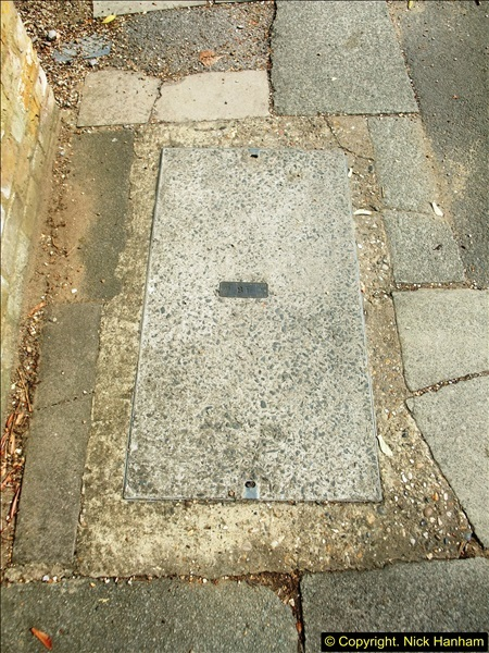 2014-08-01 Teddington, Middlesex.  (17)337