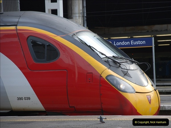 2012-10-07 Euston Station, London.  (8)327