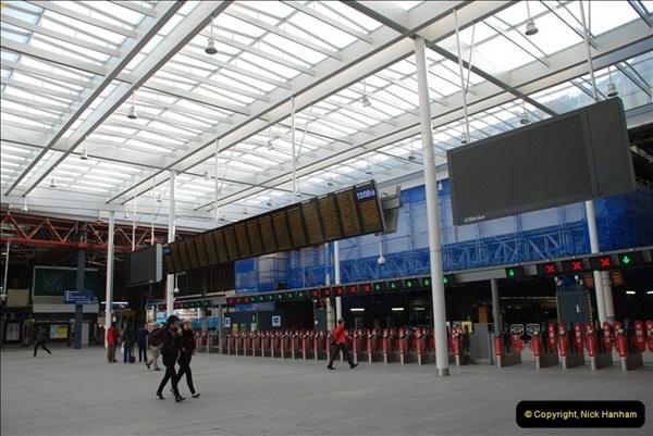 2012-10-07 London Bridge station, London.  (1)364