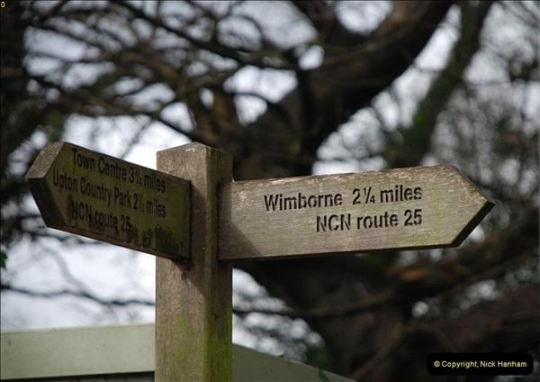 2013-03-16 Railway past at Broadstone, Dorset.  (26)128