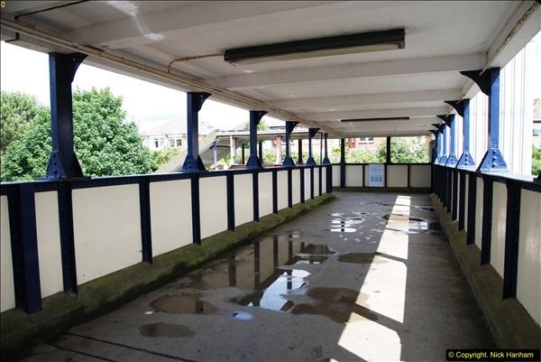 2014-07-05 Pokesdown Station, Bournemouth, Dorset.  (5)244