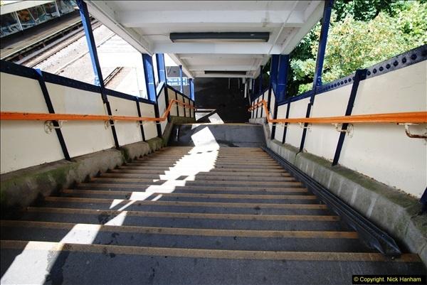 2014-07-05 Pokesdown Station, Bournemouth, Dorset.  (6)245