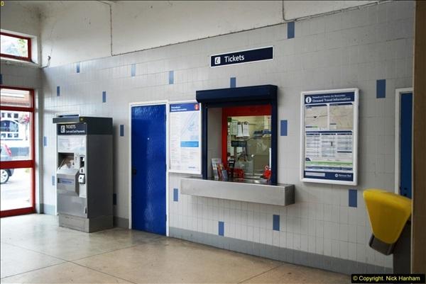 2014-07-05 Pokesdown Station, Bournemouth, Dorset.  (11)250