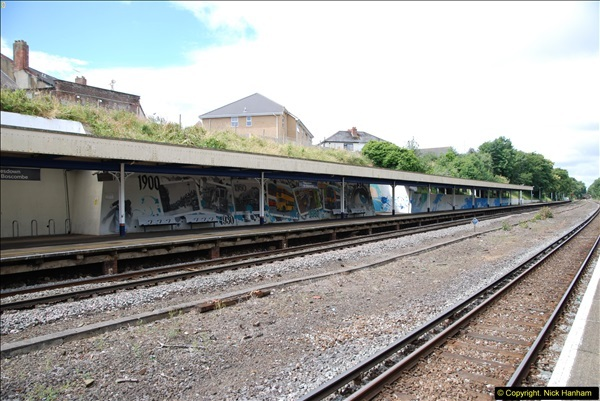 2014-07-05 Pokesdown Station, Bournemouth, Dorset.  (15)254