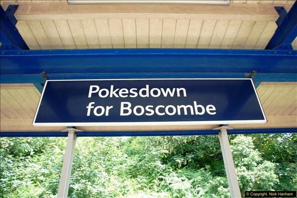 2014-07-05 Pokesdown Station, Bournemouth, Dorset.  (17)256