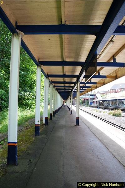 2014-07-05 Pokesdown Station, Bournemouth, Dorset.  (18)257