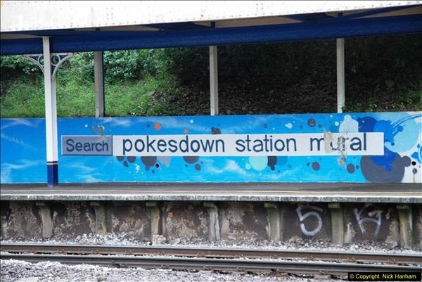 2014-07-05 Pokesdown Station, Bournemouth, Dorset.  (19)258