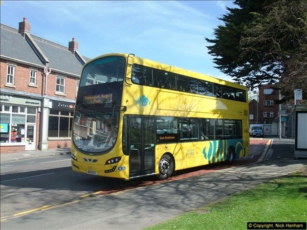2015-04-19 Bournemouth, Dorset. (Yellow  Bus)  (3)70