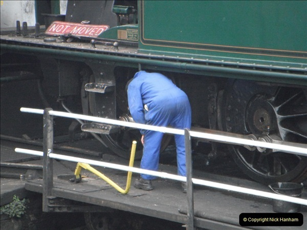 2012-01-31 SR Engineering Work on the 08.  (137)0426